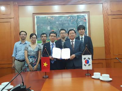 MoU with SATI in Vietnam image